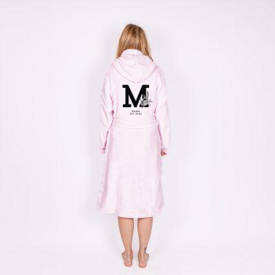Een zacht en uniek kerstcadeau voor haar: badjas met monogram