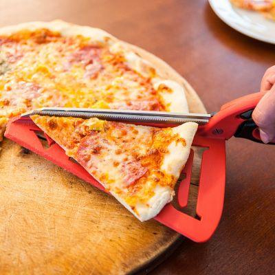 Pizzaschaar met serveervlak