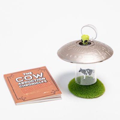 UFO koe ontvoering met boek