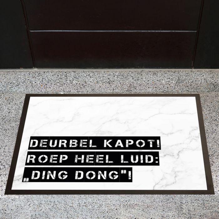 Personaliseerbare deurmat met marmer design