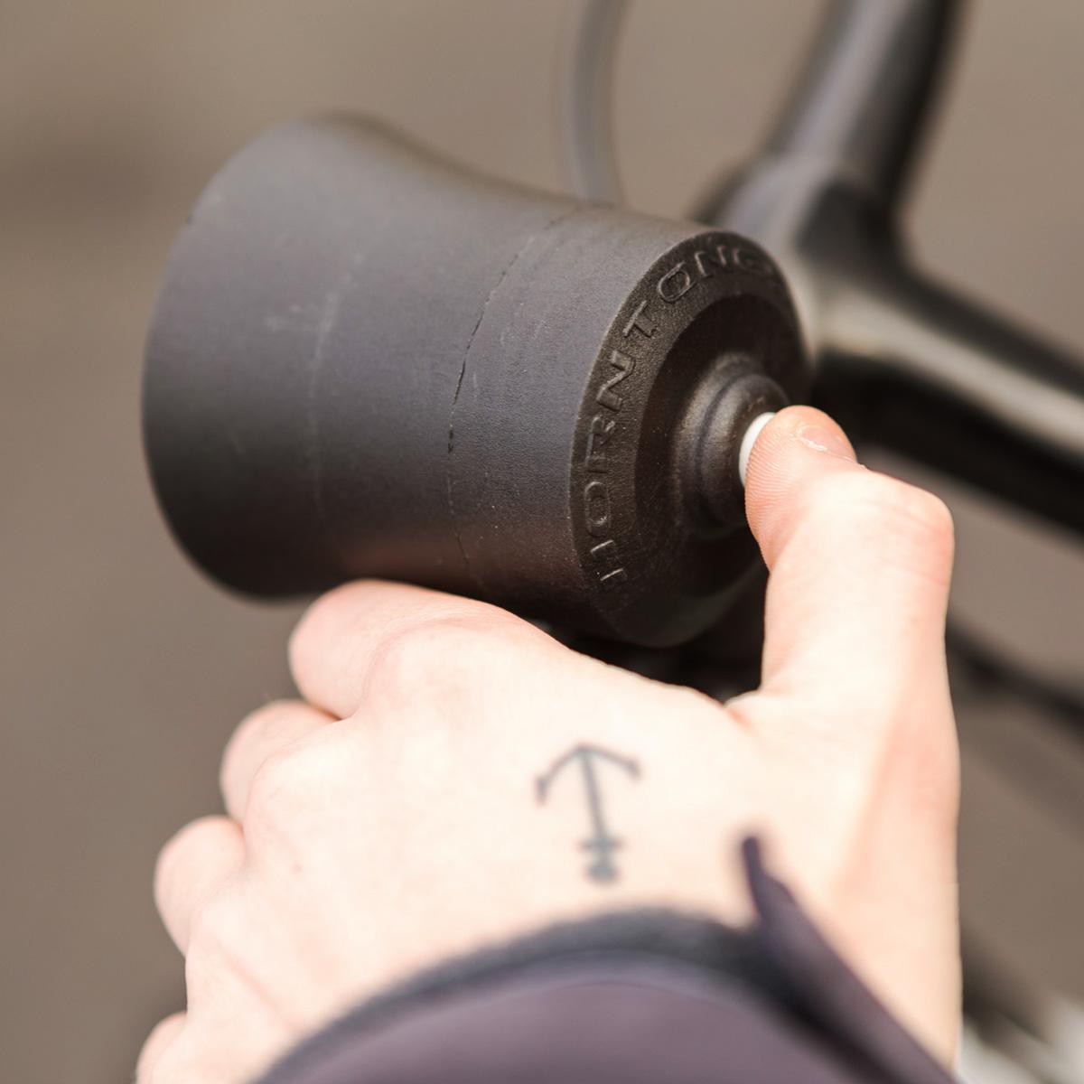 - Hoorntoeter voor de fiets(Move bitch, get out the way )