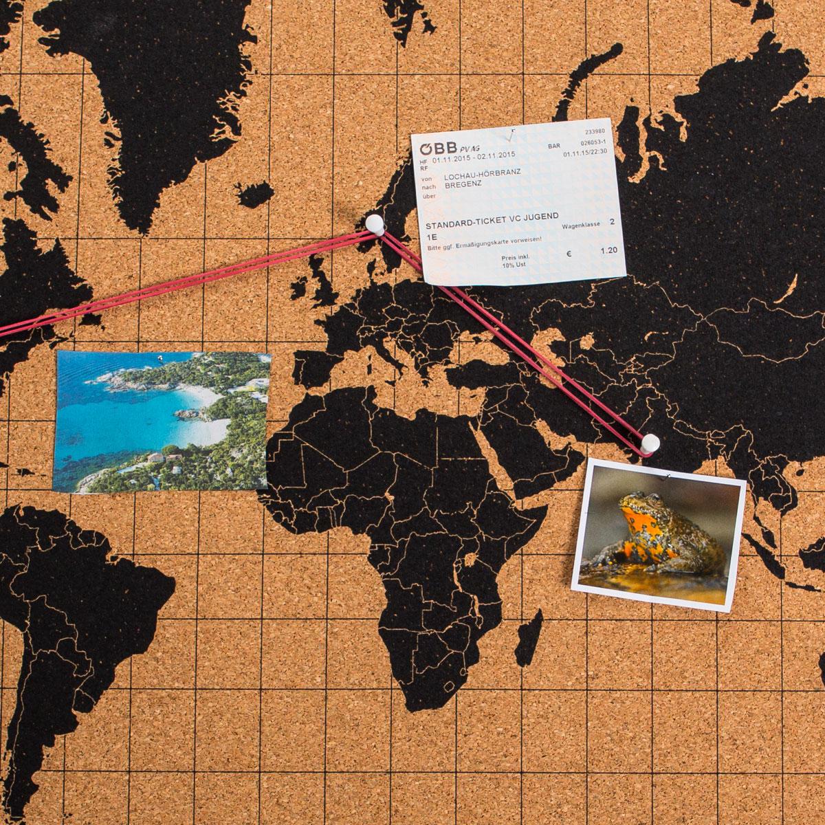 Kurk-prikbord wereldkaart
