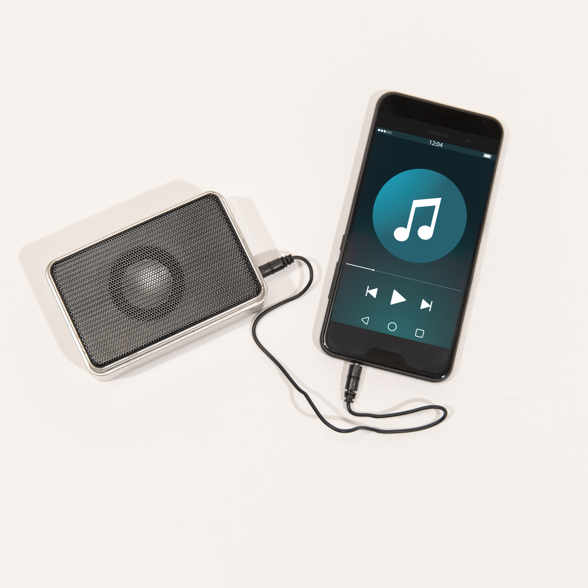 Mini speaker in blikken doosje