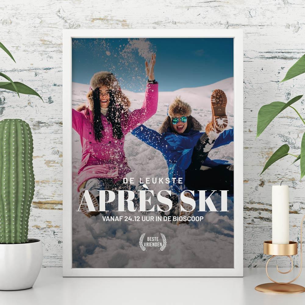 Kerstcadeau poster in filmposter stijl