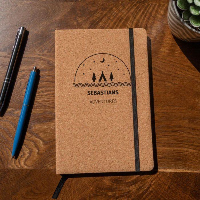 Personaliseerbaar kurken notitieboek – Avontuur