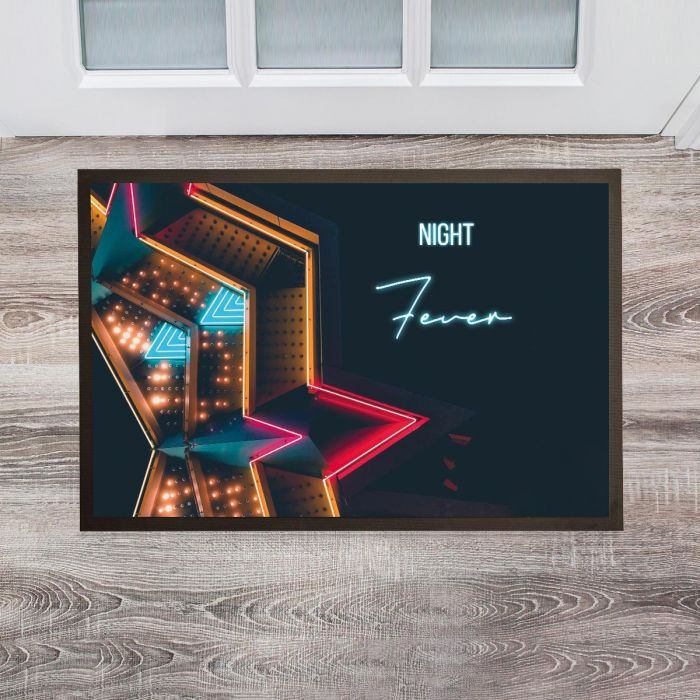 Personaliseerbare deurmat in neon look