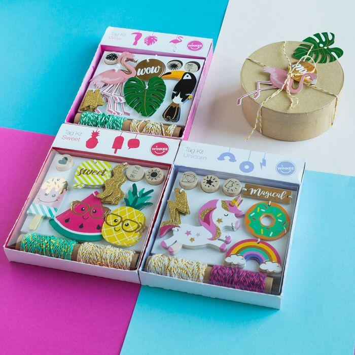 Vrolijke cadeaulabel sets