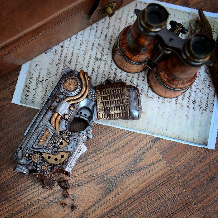 Steampunk geweer uit chocolade