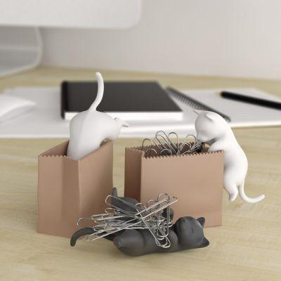 Houder voor paperclips met kat in zak