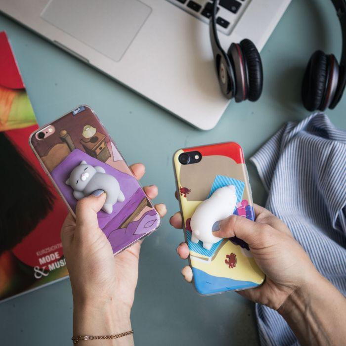 iPhone hoes met diertje om in te knijpen