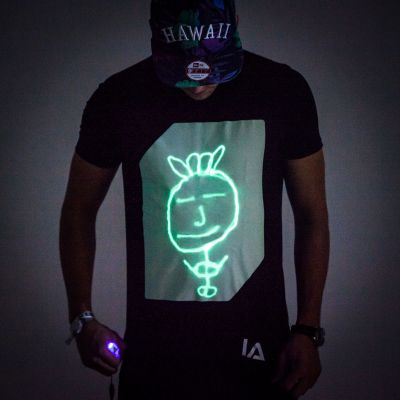 Kleding & accesoires - Interactief Glow T-shirt