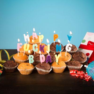 Fun & Games - Happy Fucking Birthday kaarsen