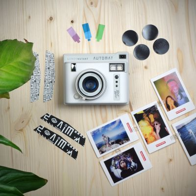 Reis gadgets  - Lomo'instant Automat instant camera