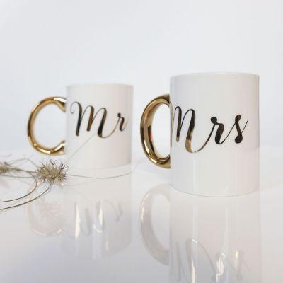 Huwelijkscadeau - Gouden mokken Mr & Mrs