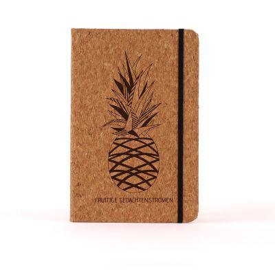Afstudeercadeau - Personaliseerbaar Kurken Notitieboek - Ananas
