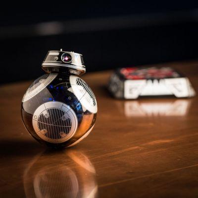 Verjaardagscadeau voor vriend - Sphero app gestuurde Star Wars BB-9E droid