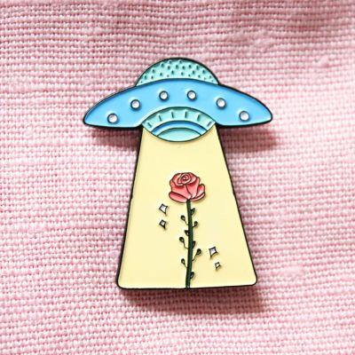 Cadeau voor zus - UFO met roos pin