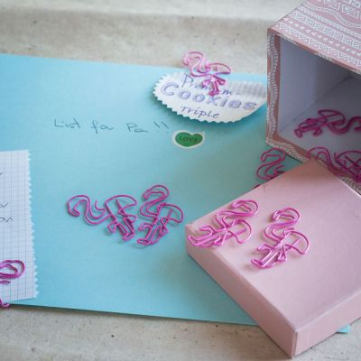 Back to school cadeaus - Flamingo paperclips