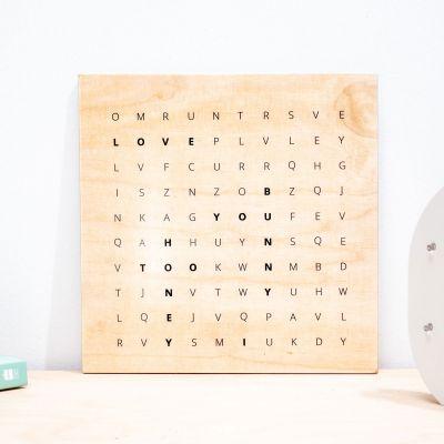Afstudeercadeau - Personaliseerbare woordzoeker op hout