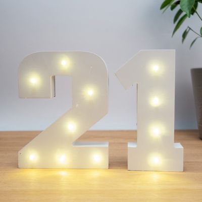 Housewarming cadeau - Lichtgevende Hout Getallen