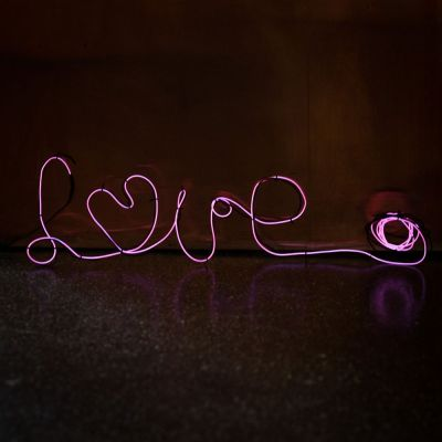 Tuinfeest decoratie - Neonlicht om zelf vorm te geven