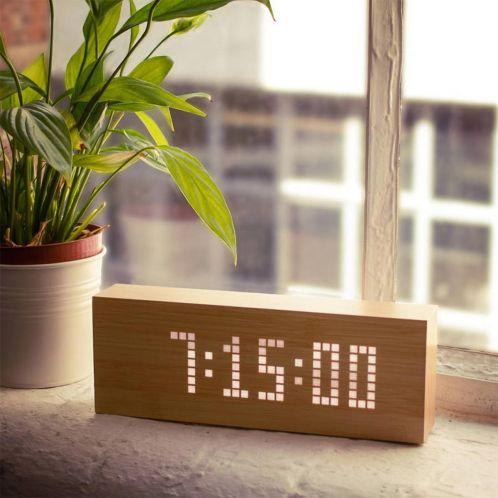 Verjaardagscadeau - Click Message Clocks van hout met led-lampjes