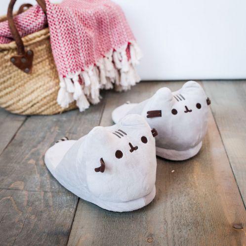 Kerstcadeau - Pusheen pantoffels